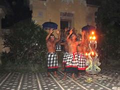 Indonesia - Bali (Nastrina1981) Tags: bali indonesia landscape island dance scenery asia view dancing mengwi traditionaldancers localdancers balidancers umeabian