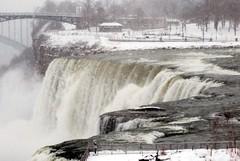 American Falls, Niagara Falls (Sandro Helmann) Tags: usa canada niagarafalls greatlakes waterfalls cachoeira