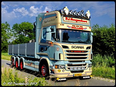 SCANIA R620 Topline - P.J. Hoogendoorn - NL (2) (PS-Truckphotos) Tags: france holland norway truck germany denmark deutschland frankreich europa europe sweden schweden norwegen lorry pj netherland nl tyskland dnemark scania niederlande belgien lastwagen lkw 2014 benelux belgia lastbil truckshow topline hoogendoorn r620 truckspotting lasbil truckphoto truckfoto vision:text=0669 vision:car=0565 vision:sky=0515 vision:outdoor=0972 pstruckphotos