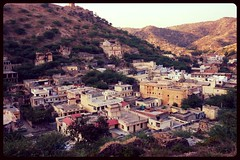 A view from the Amber Fort (Taskaso) Tags: houses india beautiful amber view fort vista jaipur ruff fuerte