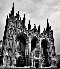 Life is ... (Grazissima) Tags: church churches cathedrals peterborough hdr 2014 peterboroughcathedral churchexteriors cathedralsuk peterboroughuk iphone5 scholaliturgica churchesofeurope iphoneography cathedralphotography zingeninengeland 2014grazissima hdrdrmono