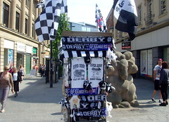 Derby Merchandise (Tony Worrall) Tags: street england blackandwhite game candid soccer derbyshire stall flags buy playoffs fans rams sell seller derby midlands therams derbyfootballclub 2014tonyworrall