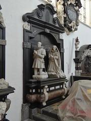 ca. 1630 - 'Hendrik van Varick, margrave of Antwerp (+1641) & Anna Damant (+1630)' (Andreas Colijns (Colyns) de Nole), Sint-Pauluskerk, Antwerpen, province of Antwerp, Belgium (roelipilami (Roel Renmans)) Tags: 1630 1641 henri hendrik de van varik varick margrave markgraaf marquis markgraf antwerp antwerpen anvers amberes anne damant anna st sint sankt saint paulus paul church kerk kirche église iglesia brabant armour harnisch rüstung armadura armatura harnas armure wappenrock surcoat surcotte heraldry effigy epitaph monument priant grafbeeld grafmonument grabmal wapenrok spur spurs sword rowel colijns nole colyns andreas andries bailiff olmen lord bouwel boondaal boondael brussels viscount burggraaf brussel knight ridder schout