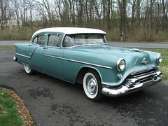 1954 Oldsmobile Super 88 4-Door Sedan (Hipo 50's Maniac) Tags: sedan 1954 super 88 oldsmobile 4door