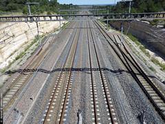 la gare d'Aix-en-Provence TGV (Dominique Lenoir) Tags: france photo gare traintracks aixenprovence rails tgv sncf southfrance bouchesdurhne dominiquelenoir
