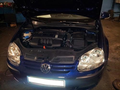 """VW Golf V 1.6 16v <a style=""""margin-left:10px; font-size:0.8em;"""" href=""""http://www.flickr.com/photos/104493258@N06/10126124514/"""" target=""""_blank"""">@flickr</a>"""