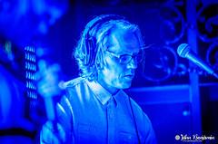 Late Night Alumni @ Voyeur in San Diego 08/10/2013 (jahnbenjamin) Tags: blue musician man guy dark concert sandiego nightclub event voyeur headphones nightlife latenightalumni bewaterphoto jahnbenjamin