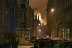 The Akademia street in Budapest 4 (Romeodesign) Tags: street old cars night lights stream hungary traffic nacht budapest perspective parliament cupola dome parlament academy hungarian 550d akadémia nádor