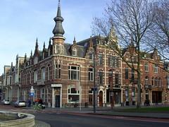 A short trip to 's Hertogenbosch | Corner Stationsweg - Koninginneweg (Davydutchy) Tags: holland netherlands january denbosch brabant shertogenbosch 2014