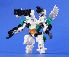 Mini Gryphon (SageThe13th) Tags: scale mobile robot lego micro frame zero mecha mech mfz mf0 vision:outdoor=0915 vision:sky=0584