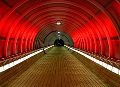 Sic Panos Transit (PanosKa) Tags: netherlands trainstation amstredamhilversum