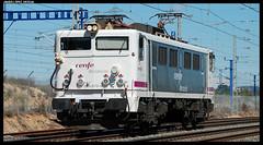 269 en L'Arboç (javier-lopez) Tags: train tren trenes railway japonesa máquina arboç renfe máquinas 269 adif ffcc mercancías tarragonaclasificación l'arboç 26032010