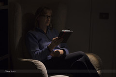 293/365 (hachiko_it) Tags: portrait italy woman selfportrait home self canon relax reading glasses cozy technology darkness armchair nook trieste ereader day293 eink eos450d canoneos450d day293365 3652013 chiarasirotti 365the2013edition 20oct13