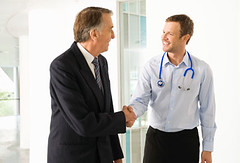 franciza Consultatii medicale la domiciliu