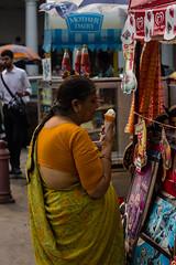 Rajiv Chowk - New Delhi (easdown) Tags: street new travel india ice canon asia place delhi south capital cream national marg region sari indira rajiv connaught ncr chowk easdown