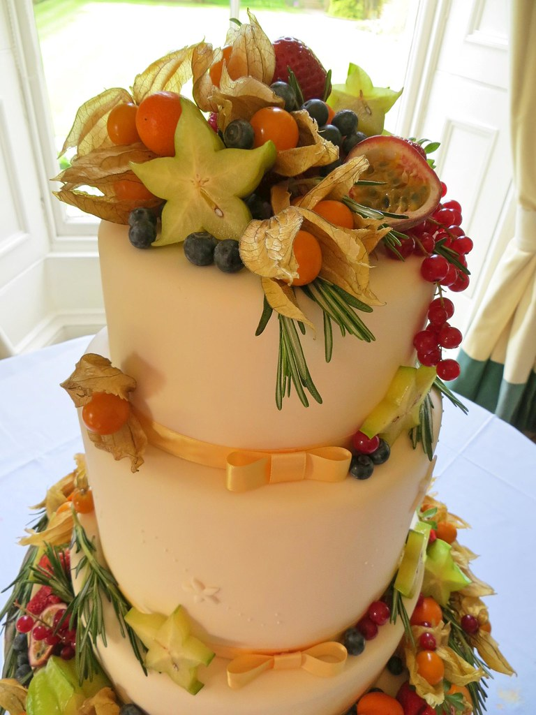 making a fruit wedding cake timeline the world s best photos of 3tiers flickr hive mind 17032