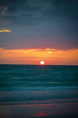 Sunset (Keeley Kennahan) Tags: home spring s april siestakey siestakeybeach 2013 cocoanuthouse