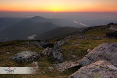 Snowdon Sunset (sarahlouise2508) Tags: sunset sun mountain mountains set wales rocks glow horizon hills snowdon welsh snowdonia