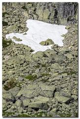 _JRR2758 (JR Regaldie Photo) Tags: mountain snow rocks nieve lagunas sierrademadrid peñalara jrregaldiephoto
