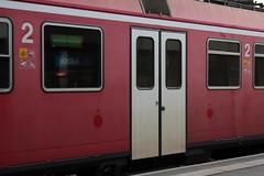 BLS Ltschbergbahn RBDe 566 240 Pendel / Pendelzug mit Steuerwagen ABt 940 und Jumbo Zwischenwagen am Bahnhof Bern Bmpliz Nord bei Bern im Kanton Bern in der Schweiz (chrchr_75) Tags: train de tren schweiz switzerland suisse suiza gare swiss eisenbahn railway zug bahnhof trainstation sua locomotive bern juli christoph svizzera bls chemin nord centralstation sveits fer locomotora tog juna pendel lokomotive lok sviss ferrovia zwitserland sveitsi spoorweg suissa locomotiva lokomotiv ferroviaria  locomotief chrigu  szwajcaria rautatie   2013 1307 zoug trainen kantonbern ltschbergbahn bmpliz  chrchr rbde hurni pendelzug chrchr75 chriguhurni chriguhurnibluemailch albumbahnenderschweiz2013712