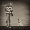 Blickkontakt (buchsammy) Tags: dog pet deutschland sommer stock tshirt august hund ralf mika sonne haustier margit brav blicke bitzer 2013 havaneser buchsammy blinkagain hüfingen flickrstruereflection1