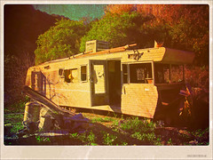 The Ole' Trailer (See El Photo) Tags: california ca door old trees windows 15fav favorite house color colour abandoned home broken cali metal outside outdoors bush colorful colore open framed live pipes ole brush dirty dirt filter fav trailer busted camper scrap bushes motorhome heap couleur scrapheap jalopy filtered faved sunland abandonedhome abandonedtrailer latuna latunacyn