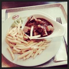 Currywurst-Verkostung im Rasthaus am Hockenheimring