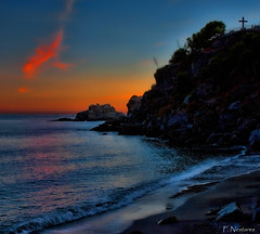 colores del atardecer (F. Nestares P.) Tags: atardecer sunset playa beach mar sea aatvl01