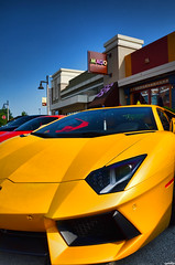 Lamborghini Aventador (Chad Horwedel) Tags: yellow illinois exotic lamb import lamborghini sportscar bolingbrook supercarsaturday promenademall aventador lamborghiniaventador