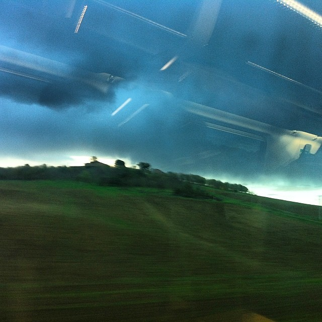 Toscana. Treno. Terra.