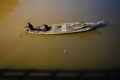 Afternoon fishing (Lil [Kristen Elsby]) Tags: travel river boat fishing cambodia southeastasia fishermen topv1111 fromabove editorial skiff battambang travelphotography sangkae canon5dmarkii sangkaeriver sangkhaeriver stungsangkae