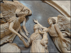 the monument to Mrs Sarah Morley (Philip Watson) Tags: monument cathedral angels gloucestercathedral sarahmorley