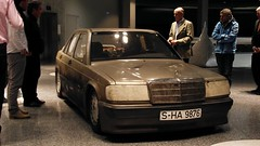 Mercedes-Benz 190E 2.3 16V W 201 Nardo Weltrekord-Auto (Kickaffe) Tags: mercedes benz stuttgart mercedesbenz daimler amg badcannstatt weltrekord nardo mercedesbenzmuseum mercedesamg w201 bloghouse 190e2316v amgbloghouse mbbloghouse