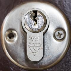 Lock (Mark Morgan Trinidad B) Tags: squaredcircle squircle