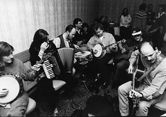 Mary Shannon, Colette O'Leary, Mattie Foulds, Eamonn Coyne, Frankie Lane, Fred Lavery – Festival Club Green Room – October 1997 (photo: Grant Young)
