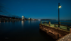 Night of West Vancouver (Photo Alan) Tags: night sea ocean water light longexposure westvancouver canon canada reflection sky blue