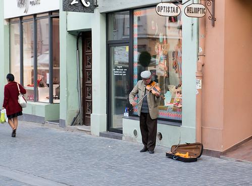 Musician. Str. Republicii, Brasov, Romania ©  Andrey
