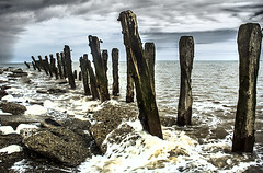 Spurn Point Wooden Groins (Theresa Elvin) Tags: sea beach dramatic groins eastyorkshire spurnpoint