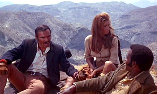 Burt Reynolds, Raquel Welch, Jim Brown in  ''100 Rifles'' 1969