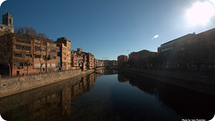 Girona: shine and gloom (Ivan Pronichev) Tags: barcelona light espaa costa sun river spain bravo barca shine darkness ivan bank catalonia girona espana pro gloom catalunya bara catalua sides ivanpro pronichev