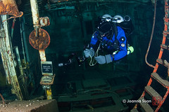 Congrats to the guy who dove the Niagara II 300 times. You need to get out more... (ScubaJo) Tags: ontario canada scuba diving tobermory underwaterphotography jsuan coldwaterdiving joannasuan