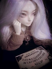 Lonely Ghost (OctoberDolls) Tags: ball asian skeleton miniature necklace key doll ghost mini super creepy spooky size fairy land bjd dollfie ghostly fairyland abjd joint prop fee msd ouija jointed minifee flickrandroidapp:filter=paris
