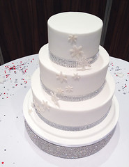Diamante Snowflake Cake