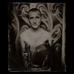 . (czarnobialykwadrat!) Tags: camera man wet plate jacek ambrotype thornton collodion pickard 10x12 jzl ambrotyp kolodion