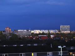 Nijmegen vanaf Feniks (Stewie1980) Tags: blue netherlands skyline canon nijmegen roc hotel evening view nederland powershot hour uitzicht avond mercure gelderland feniks nimwegen uwv sx130 nimgue sx130is canonpowershotsx130is castellatoren