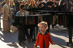 """Darlin' save the last dance for me"" - Michael Buble (Lidiya Nela) Tags: streetart streetperformance city wsp sonya6000 sony lights colors weekend greenwichvillage nyc newyork newyorkcity child candid people music park washingtonsquarepark piano street streetphotography girl dance"