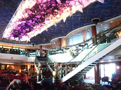 5-16 c Gem dk 7 atrium (petespix75) Tags: cruiseships norwegiangem