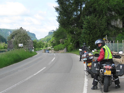 2013-05 Kawazuki week Oostenrijk (86) Mooi weggetje langs de Donau