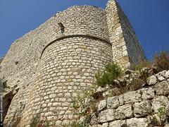 le chteau de Ventabren (Dominique Lenoir) Tags: france castle photo ruins provence chteau ruines southfrance bouchesdurhne ventabren 13122 reinejeanne dominiquelenoir