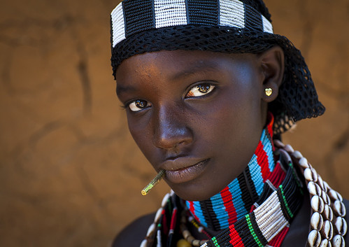 Hamer woman in Turmi, Omo valley, Ethiopia